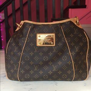 Louis Vuitton handbag ~